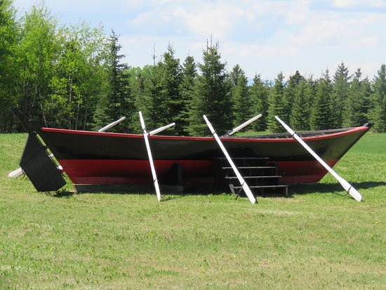 Rocky Mountain House National Historic Site: An amazing York Boat - crucial to Canada's history
