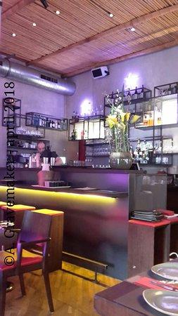 NU Restaurant: Interieur-Bar