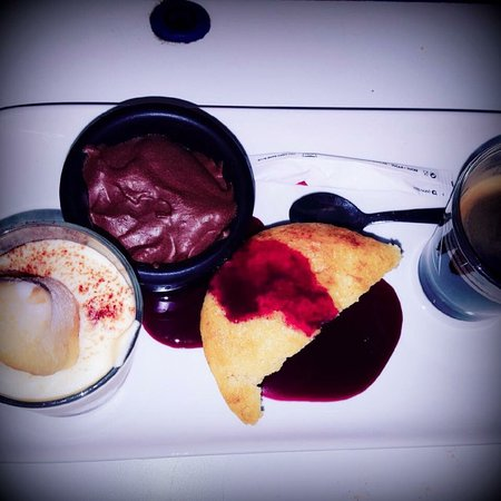Limay, Frankrike: Café gourmand