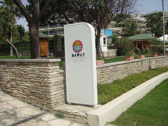 Arum Barut Collection-bild