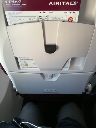 Air Italy 737 MAX 8 pitch