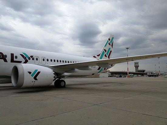 Air Italy 737 MAX 8