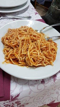 Trattoria Tripoli: Spaghetti al ragù