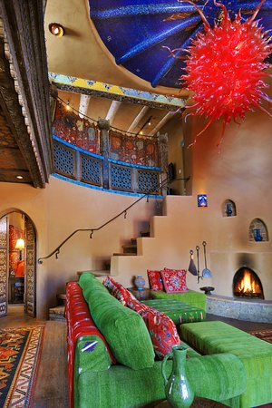 Inn of the Five Graces: The Luminaria Villa