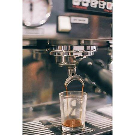 Wollman Coffee Roasters: Espresso Draw