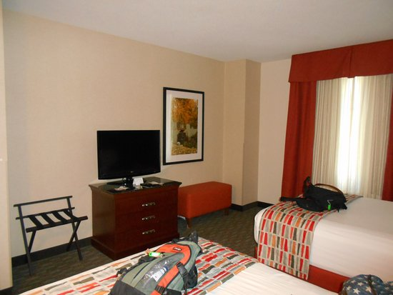 Drury Inn & Suites Dayton North Picture