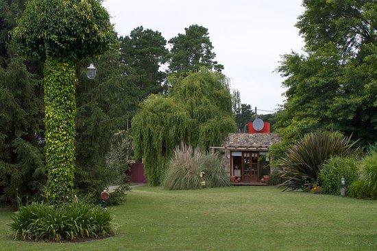 Cabanas La Escondida: Vista del Jardin