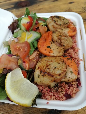 The Seafood Shack: Seared scallops with beetroot couscous and salad