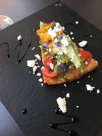 Arcueil, France: Tarte fine aux légumes