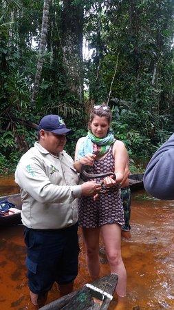 Lagunas, Perù: con una pequeña amiga