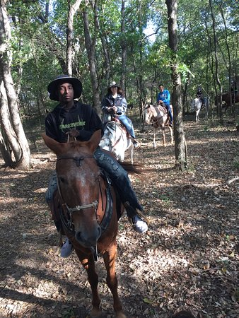 Fay, OK: 2 hour dinner trail ride for this family!