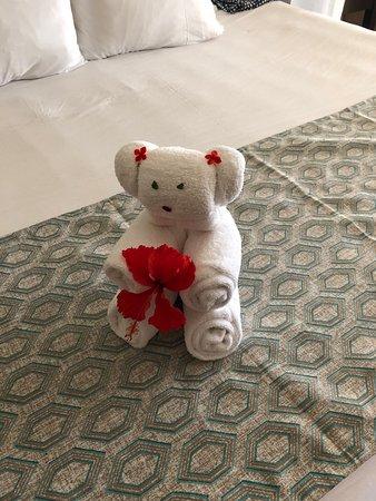 Azul Beach Resort Resort Riviera Cancun: towel art