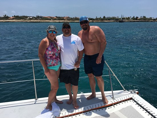 Octopus Sailing Charters: Octopus Aruba Private Sailing Sail in Style on this half day Private Lounge Boat Cruise. Cocktai