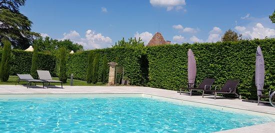 Chateau Mont-d'Onel: Poole Area