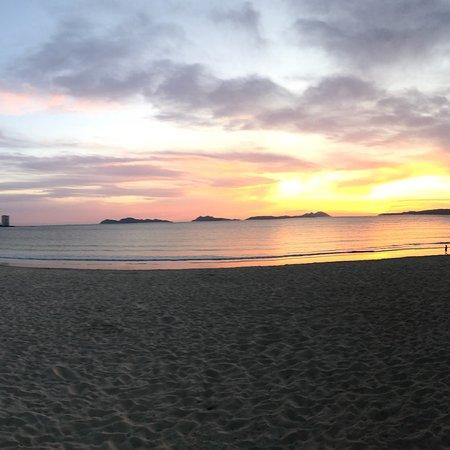 Playa Samil: photo3.jpg