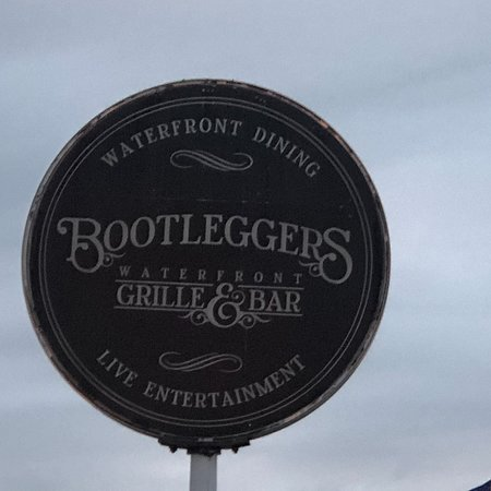 Bootleggers Waterfront Grille and Bar: photo0.jpg