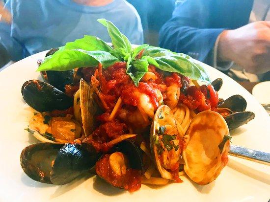 Nanuet, NY: Fruitti de Mare. So good!