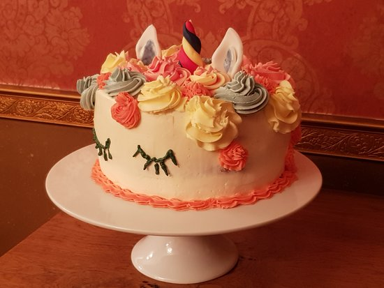 Wittersham, UK: We can cater for birthday cakes, pop in and ask