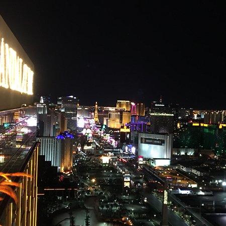 Foundation Room Las Vegas Menu Prices Amp Restaurant
