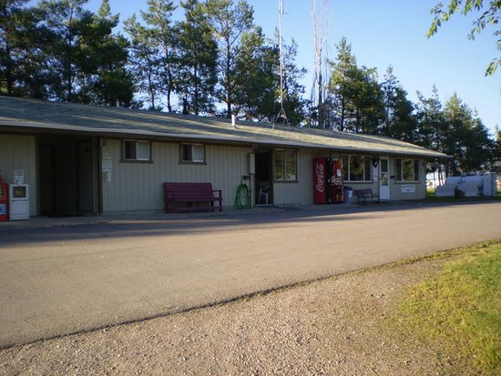 Columbia Falls, MT: Office, Laundry Facility, Restrooms & Showers