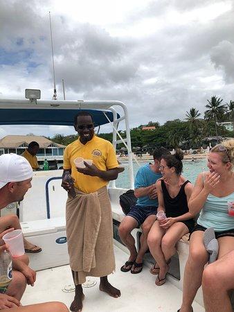 Julian's Boat Tours Foto