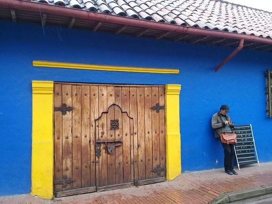 Foto de Beyond Colombia Free Walking Tour Bogotá