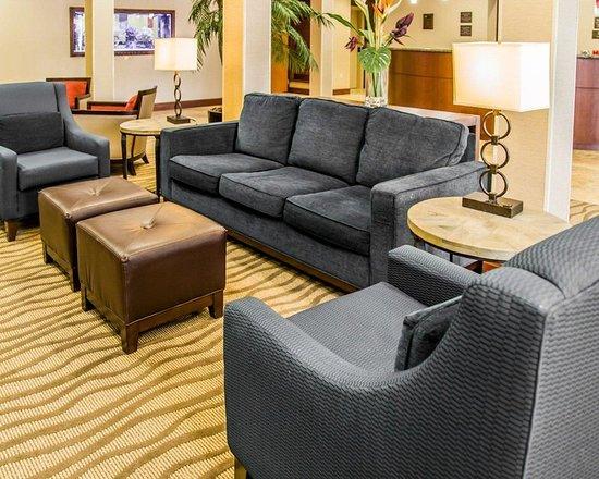 lobby picture of comfort suites sarasota sarasota tripadvisor rh tripadvisor com