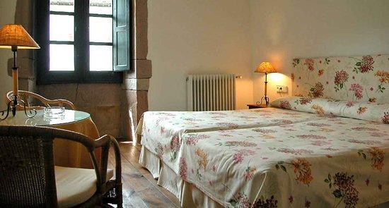 Oieregi, إسبانيا: Dormir junto al Parque Natrual del Señorío de Bertiz, Hostal Bertiz