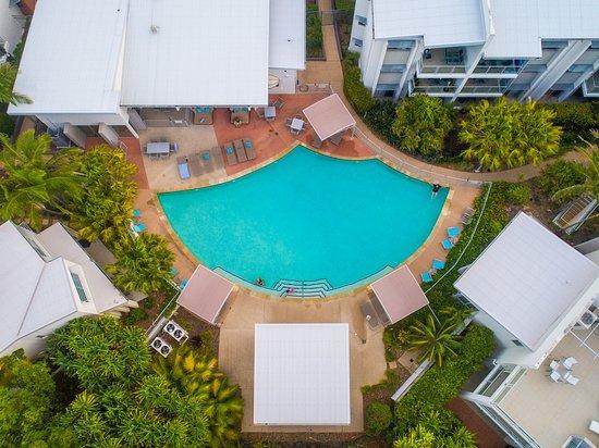Coolum Beach, Australia: Coolum at the Beach heated main resort pool