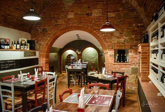 Pane Vino & Zucchero: dining area
