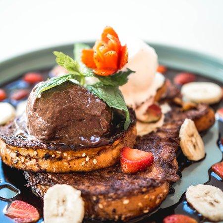 Annie Pham's: breakfast