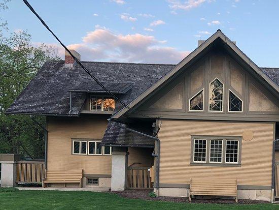 Fabyan Villa Museum & Japanese Garden: Front of FLW house