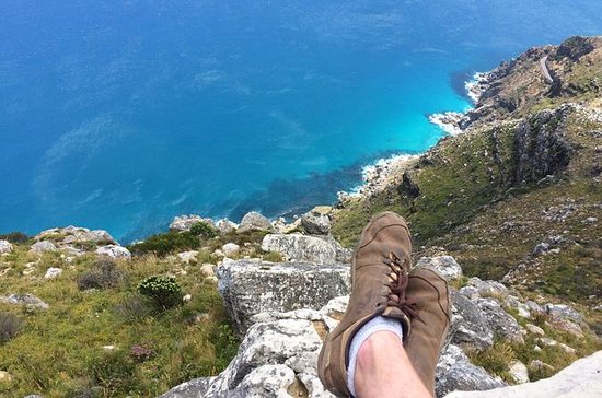 Chapman's Peak Guided Hike in Cape...