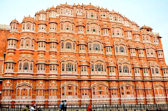 Jaipur City Tour with Guide and Tempo...