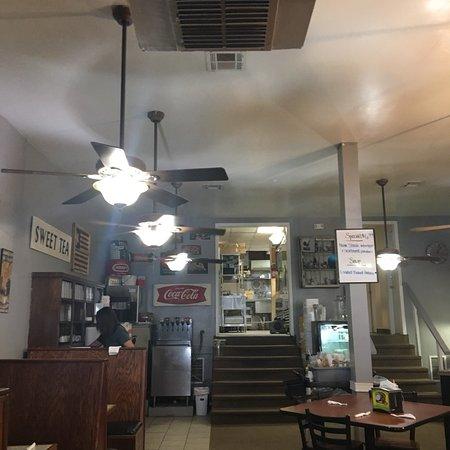 June's Restaurant, Checotah OK