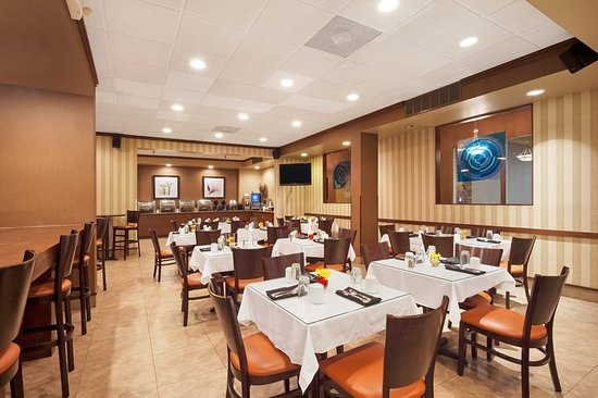 Holiday Inn Richmond I 64 West End : Restaurant