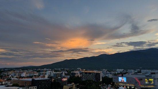 Furama Chiang Mai: IMG_20180523_185130_large.jpg
