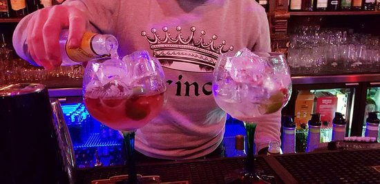 On the Rocks Disco-Bar