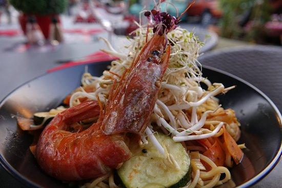 Le Petit Paradis: Wok crevettes