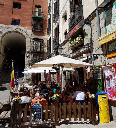 Plaza Mayor: Stunning entrance to the plaza