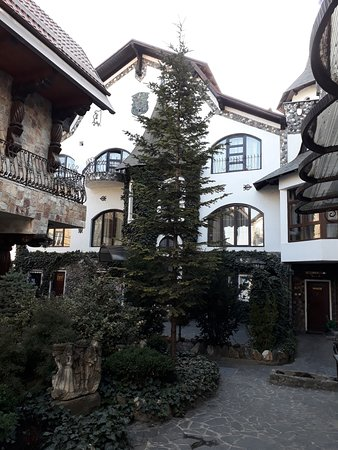 Hunter Prince Castle & Dracula Hotel Picture