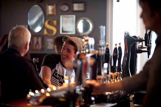 Southwick, UK: Bar