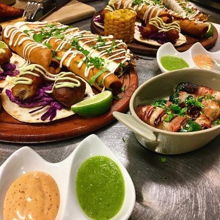 Salsa & Salsa: Street Food