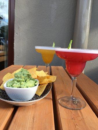 Salsa & Salsa: Guacamole & Margaritas