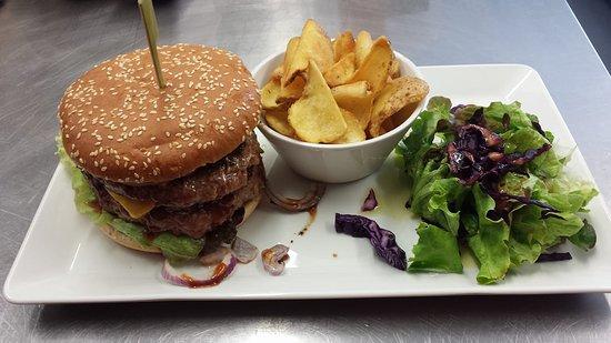 Brasserie le BBM: Burger maison !!