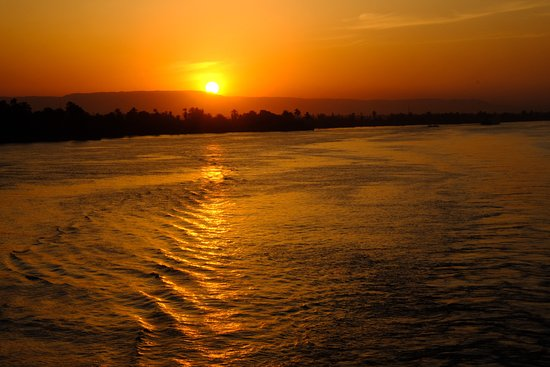 Nile Cruised: Puesta de sol en el Nilo