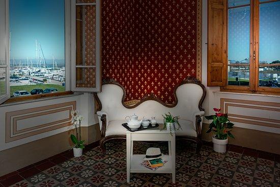 Villino Ermione: tea room