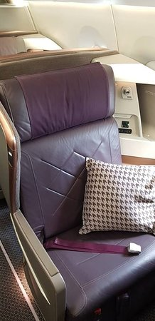 Singapore Airlines: Yes thank you