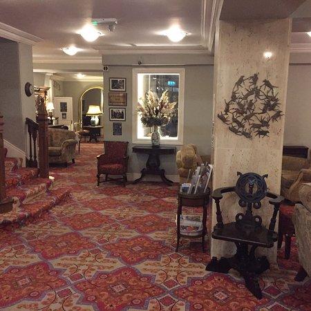 Foyles Hotel: photo0.jpg