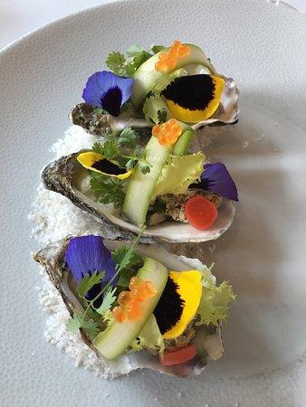 Ducey, Frankrike: Aussi belles que bonnes, les Cancale n°2, artichaut et foie gras.